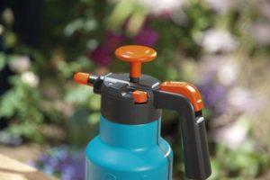 Рекомендации эксперта: как опрыскивать помидоры нашатырным спиртом, чтобы растения обильно плодоносили?